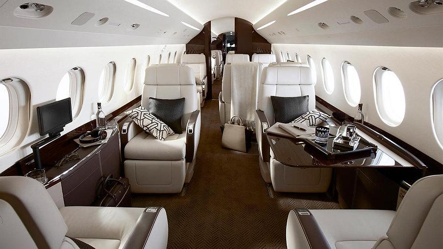 Falcon 2000 LX.jpg
