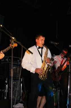 Band leader Adam-11zon-compressed-11zon.