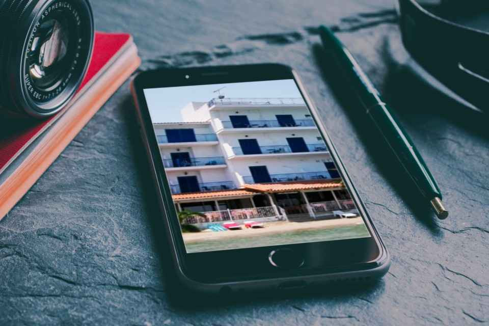 Aaris Hotel on Mobile
