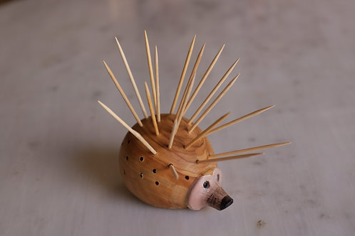 HEDGEHOG TOOTHPICK HOLDER 5346