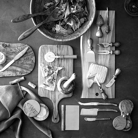 olivewood-bowl-o_edited.jpg