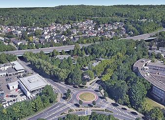 Luftbild U-Bahnareal mit Ort Ramersdorf.