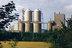 Zementfabrik 1988 von Nordost kurz vor Abriss
