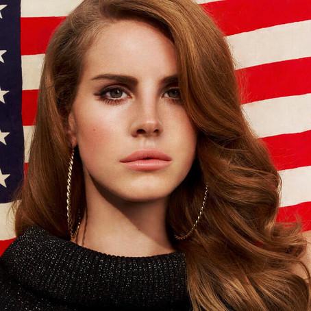 """Lana Del Rey: """"Geen feministisch voorbeeldfiguur"""""""