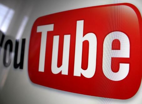 Een decennium YouTube: De informatieprofessional achter de camera