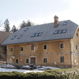 Hisa_Marnie_New_Roof.jpg
