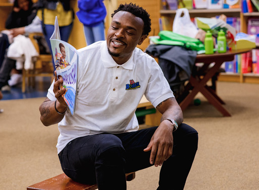 """Everyday We Lit! NFL Star Brandon Carr Pushes the Button on Literacy with """"Lit Buddies"""""""