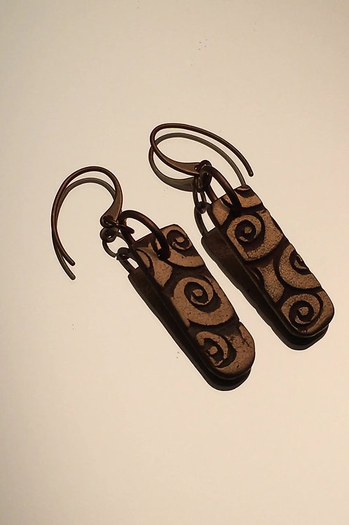 Bronze earrings with spiral texture