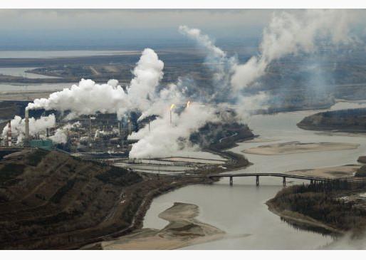 Canadian Left split over Alberta oilsands: Walkom