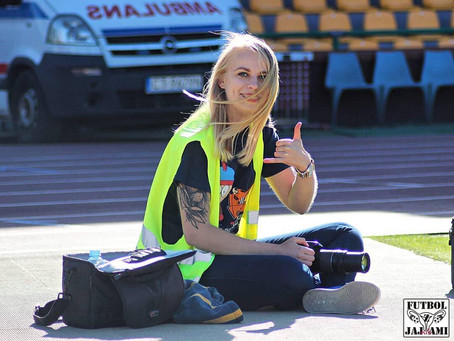 Futbol z Jajnikami - rozmowa z redaktor naczelną Katarzyną Pijarowską