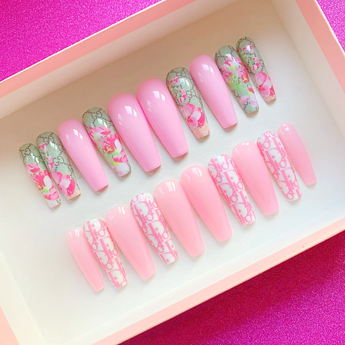 Pink dior/Gucci gift box