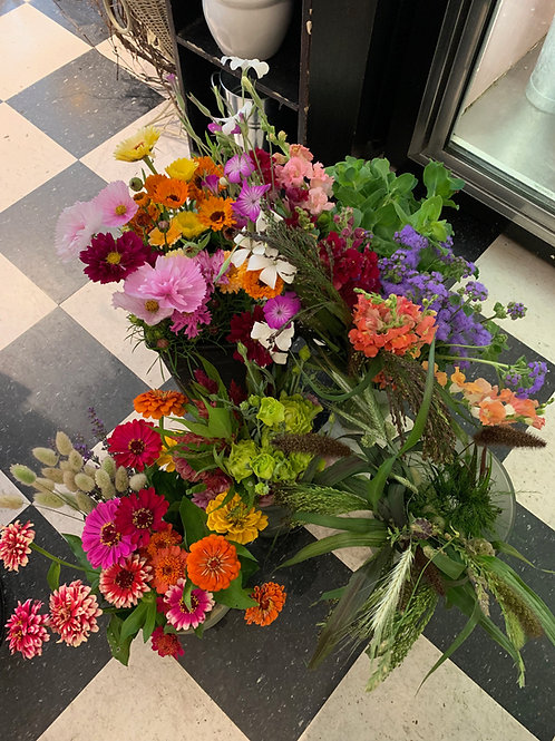 Locally Grown Weekly Bouquet