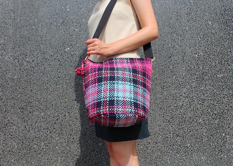 SC28 Bucket Bag