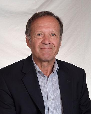 Jacques Moore, conseiller en hébergement aînés dans les résidences pour personnes âgées, foyers pour personnes âgés, chsld, maisons de retraite, ville de Québec et rive-sud Lévis