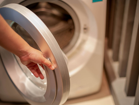 Easy Hacks For Cleaning Your Washing Machine