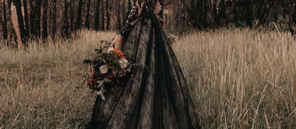 The dark side: Elegant gothic wedding inspiration