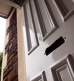 Repairs and painting service for wooden doors