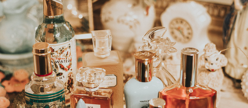 VINTAGE Bride's Guide to        the perfect wedding perfume