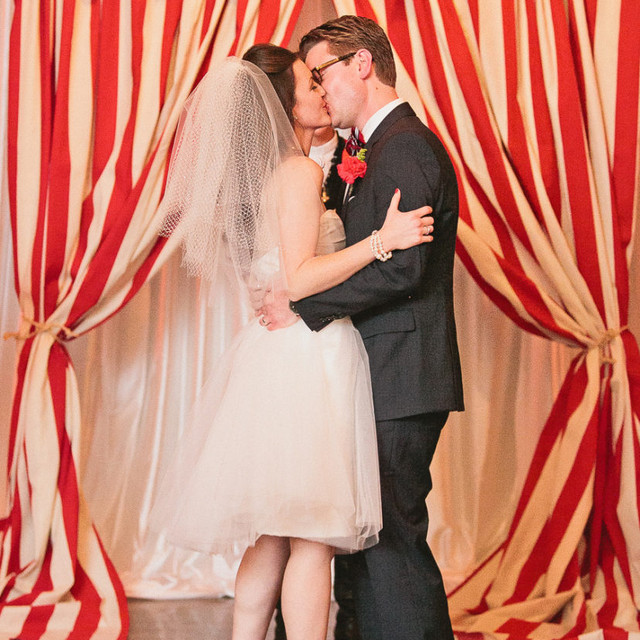 How to create a carnival wedding