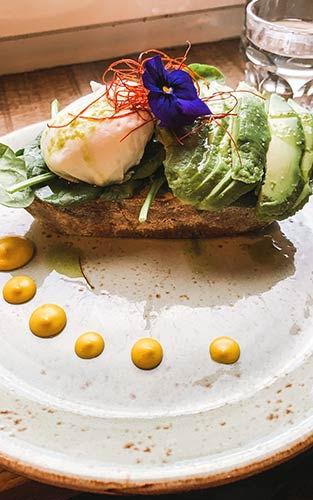 Ontbijten bij Nordic Coast Coffee Roastery in Hamburg