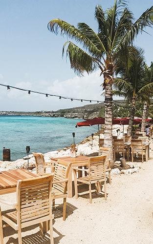 Lekker eten bij Karakter in Curacao
