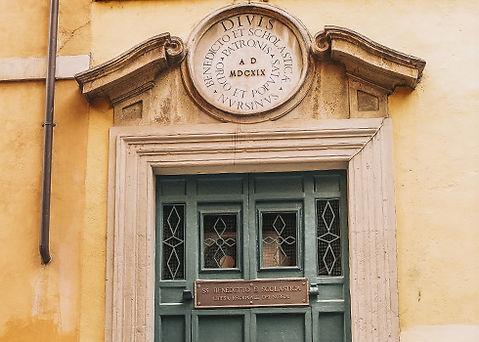 ROME-STREETS-490-x-350.jpg