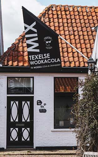 Proef de enige Texelse Wodkacola of Texelse Gin