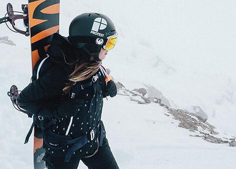 Ski-outfit van het sportmerk Protest