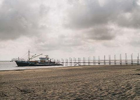 De steiger van Sil nabij strandpaviljoen Kaap Noord