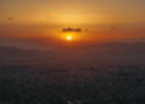 Beklim de Lykavittos heuvel voor een mooie zonsondergang