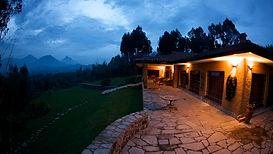 www.davesimpsonsafaris.com, Rwanda, Sabinio lodge,