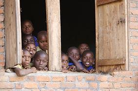 www.davesimpsonsafaris.com, Rwanda, kide, school