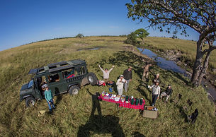 picnic, breakfast, safari, camping, comfortable, eggs, bacon, cooking, gas, www.davesimpsonsafaris.com