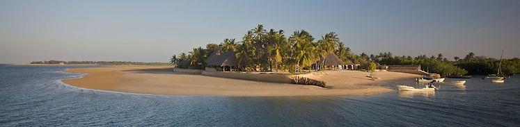 Manda, Manda Bay, fishing, sea, Kenya, north, coast, palms, sand, sun, boats, www.davesimpsonsafaris.com