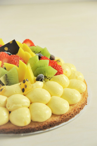 Tarta Maracuyá y Frutas