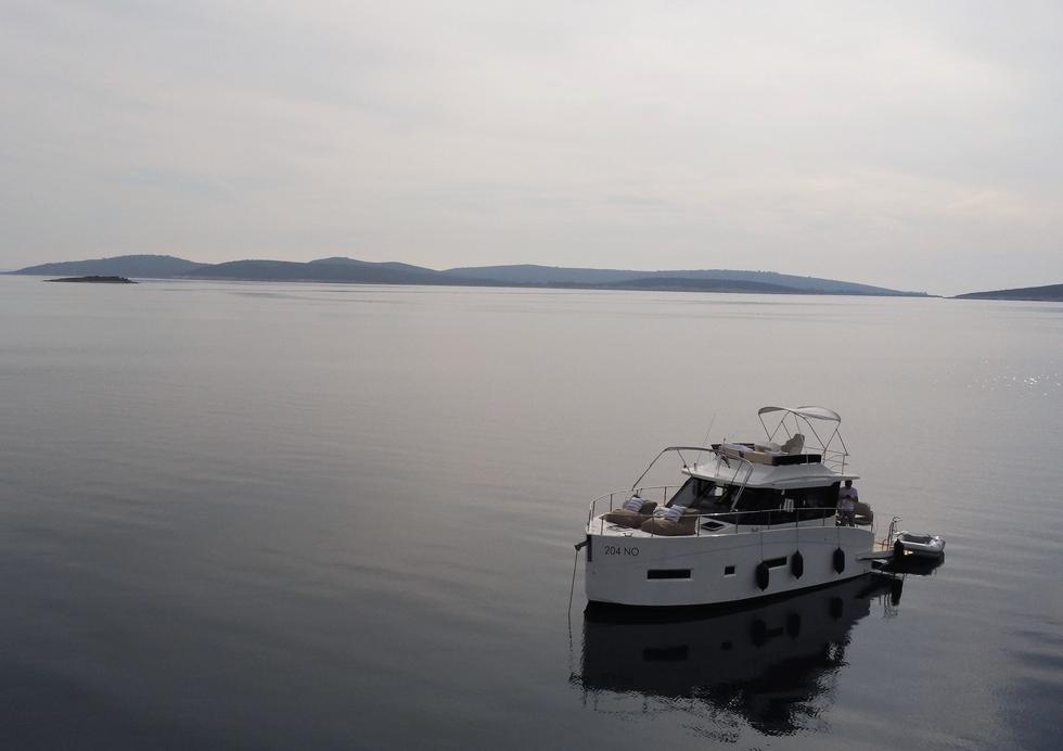 VAIA  HOLIDAY Boot Charter vor Krk