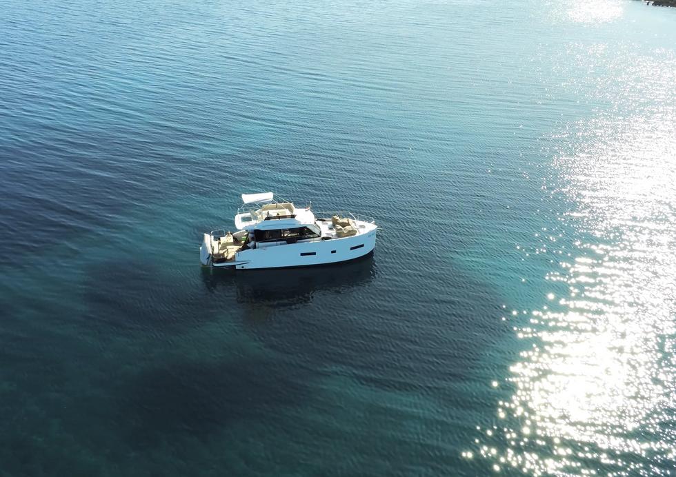 VAIA  HOLIDAY Boot Charter vor Krk  -  perfektes  Wasser -  ein perfekter Urlaubstag