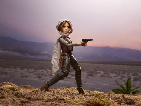 Jyn Adventure Figure