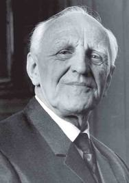 Donald Winnicott.jpg
