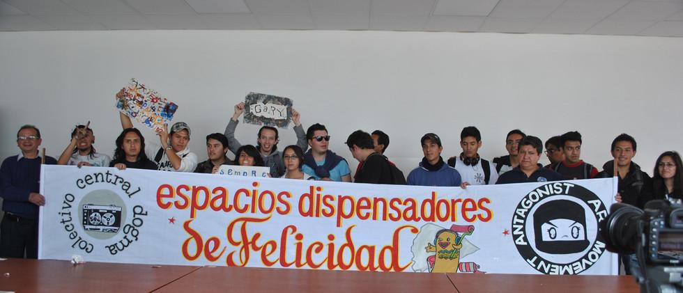Ecuador Signage