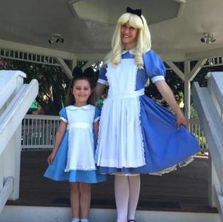 Alice in Wonderland Theme Parties