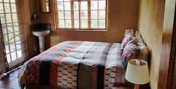 Fish Eagle Cottage Main Bedroom (2)