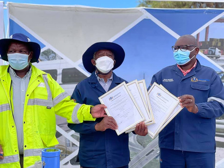 Completion certificates for 7 of the 21 newly constructed roads in Emfuleni handed over to the Mayor
