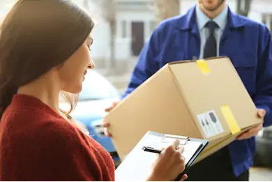 Contactless deliveries are the safest with parcels