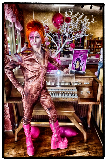 Dave-2012-Pink-Party.jpg