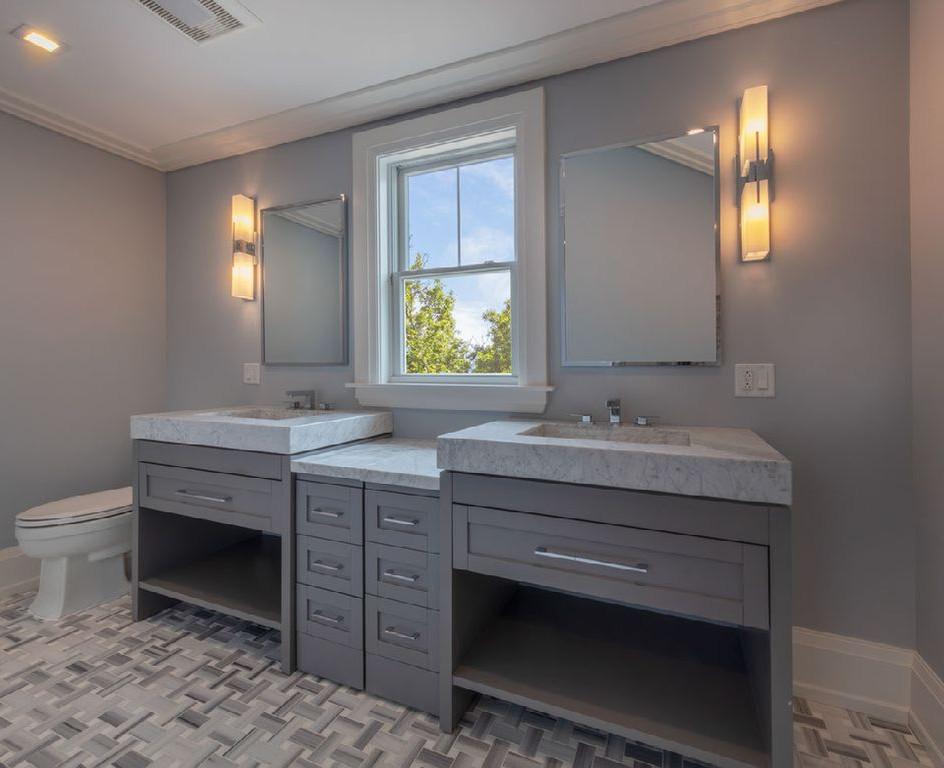 TDegel Bathroom2.jpg