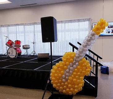 AirCraft Balloon Designs Guitar Sculptur