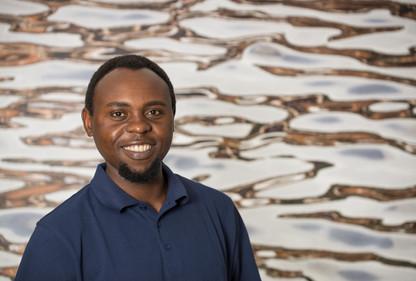 Dr. med. Arnold Fuamenya