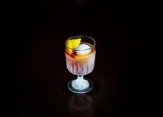 Ollis_Bar_2019_Cocktail_2_edited.jpg