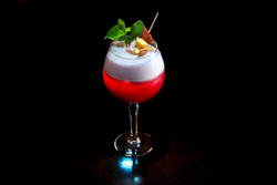 Ollis_Bar_2019_Cocktail_6.jpg